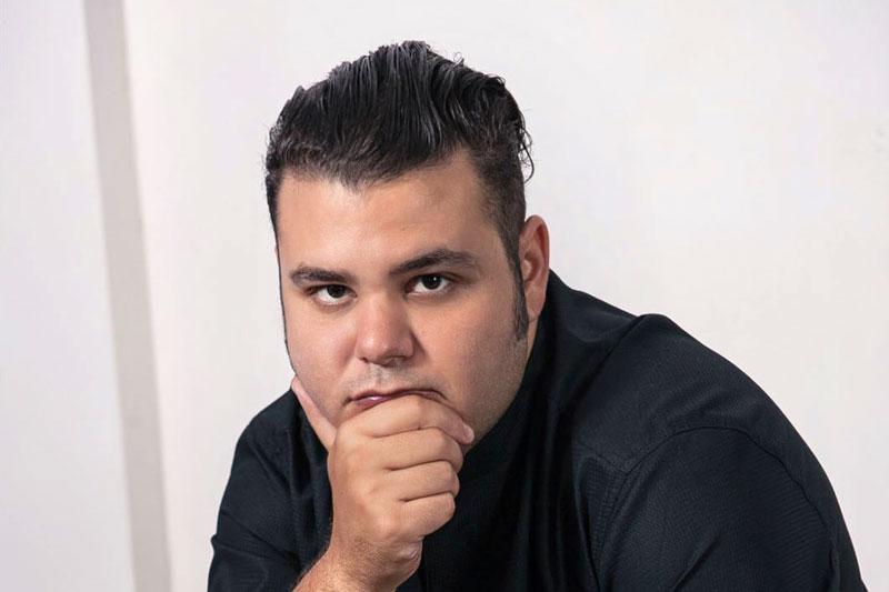 Άνταμ Κοντοβάς: «Η ζωή είναι για τους τολμηρούς»  - Χρυσοί Σκούφοι
