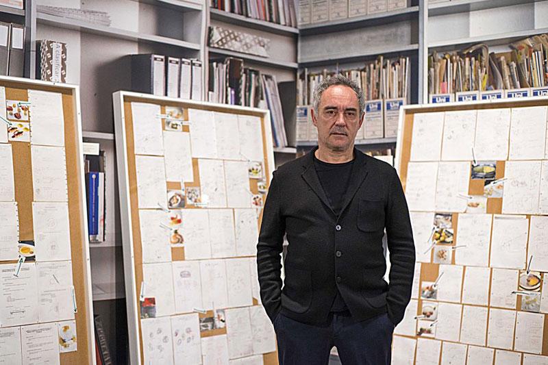 «Νotes on Creativity»: μια έκθεση για τον ανατρεπτικό Ferran Adrià στο Μάαστριχτ - Χρυσοί Σκούφοι