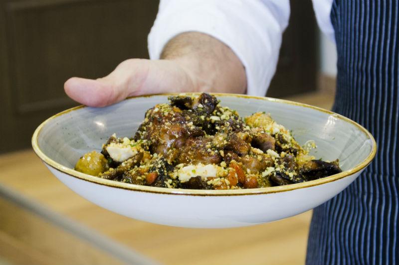 «Δέκα Restaurant»: Αμύνταιο σε γευστικό αναβρασμό  - Χρυσοί Σκούφοι