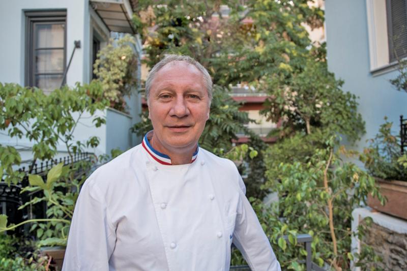 Συνέντευξη με τον φιλέλληνα 3άστερο σεφ Eric Frechon - Χρυσοί Σκούφοι