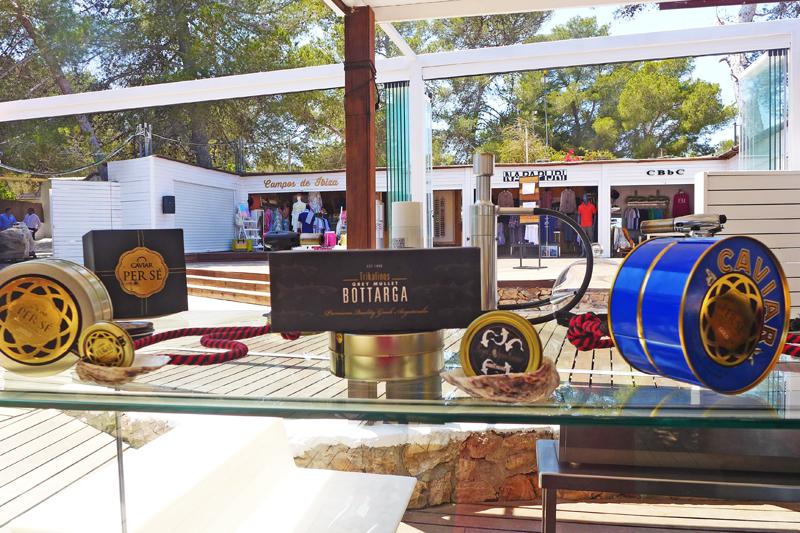 Trikalinos (αυγοτάραχο) στην Ibiza!  - Χρυσοί Σκούφοι