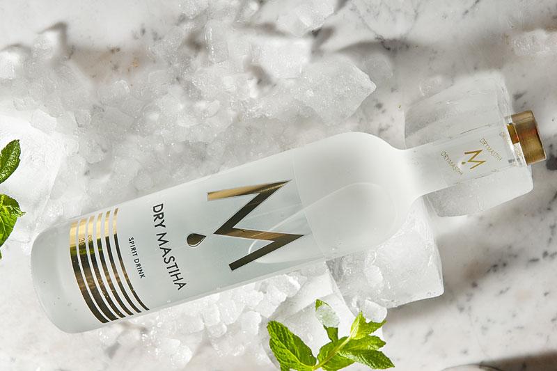 Καινοτομία σε μαστίχα η το πρώτο premium dry spirit μαστίχας είναι γεγονός! - Χρυσοί Σκούφοι
