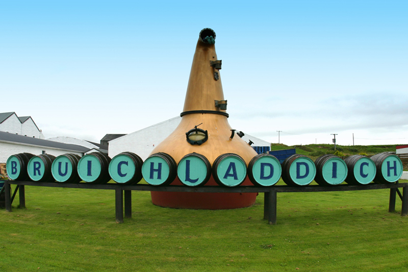 Bruichladdich, ένα αποστακτήριο στην ελίτ των πρωτοπόρων του Whisky  - Χρυσοί Σκούφοι