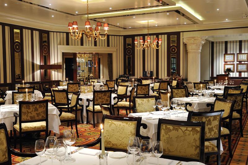 Το κορυφαίο εστιατόριο της Θεσσαλονίκης  λέγεται «ALFREDO'S Grand Dining»   - Χρυσοί Σκούφοι