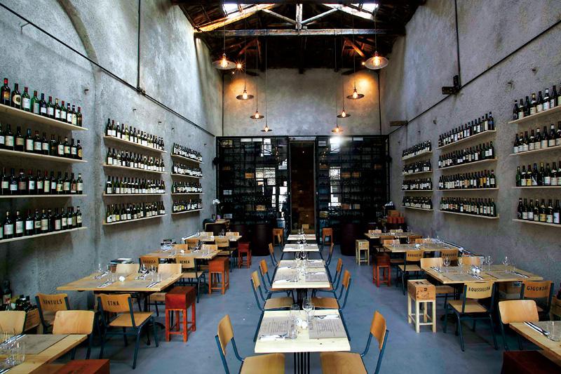 Με wine bars όπως το «Paleo» κατοχυρώνεται η τάση για πολύ ξεχωριστά και συχνά off Broadway κρασιά