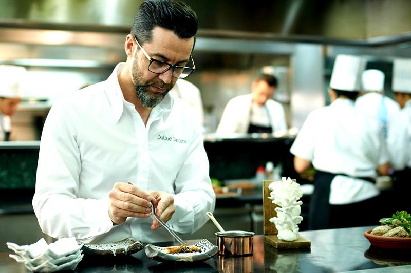 Η «Paella» του διάσημου Ισπανού σεφ Quique Dacosta ετοιμάζεται να κατακτήσει το Λονδίνο - Χρυσοί Σκούφοι