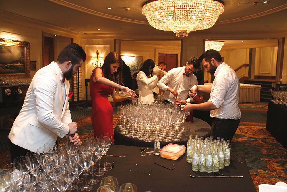 Πυρετός προετοιμασίας ενόψει του diner de gala των Χρυσών Σκούφων