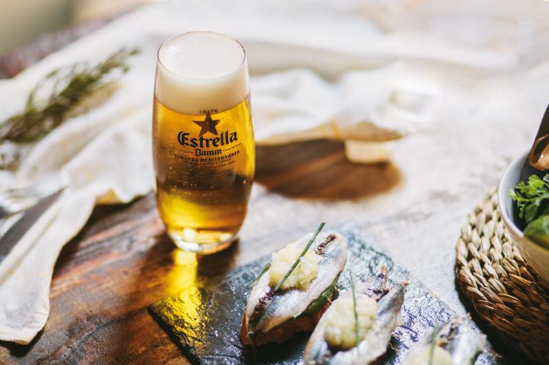 H καταλανική μπίρα Estrella Damm  συνόδευσε τις γευστικές εκπλήξεις  της διοργάνωσης