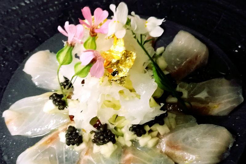 «Katsu»: sushi-αποκάλυψη στη Σάνη - Χρυσοί Σκούφοι