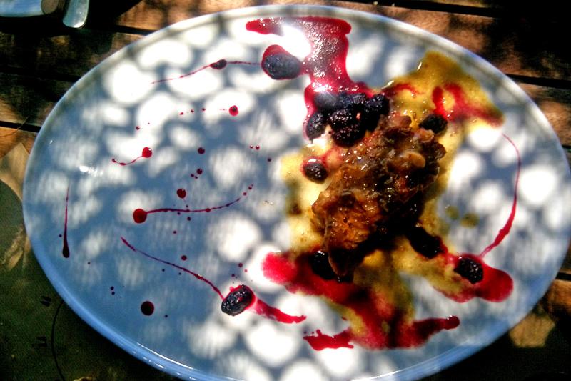 Η κιβωτός τηνιακών γεύσεων που λέγεται «Μαραθιά» - Χρυσοί Σκούφοι