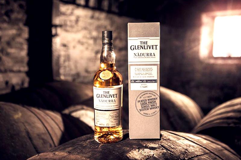 Glenlivet Nadurra: μια νέα premium σειρά ουίσκι επιστρέφει στην παράδοση - Χρυσοί Σκούφοι