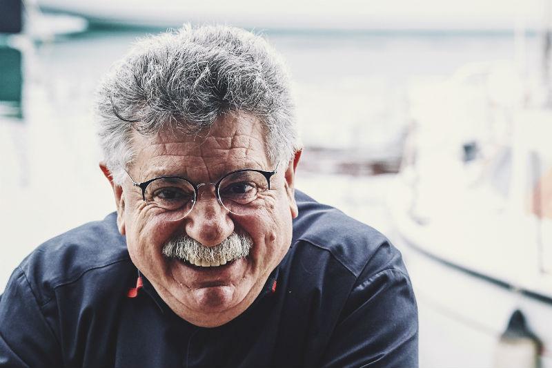«Liostasi»: ένα διήμερο γευστικό ταξίδι με πλοηγό τον Λευτέρη Λαζάρου - Χρυσοί Σκούφοι