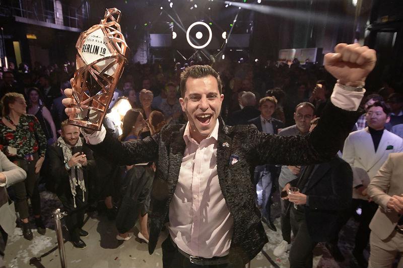 Ο Orlando Marzo είναι ο καλύτερος bartender του κόσμου - Χρυσοί Σκούφοι