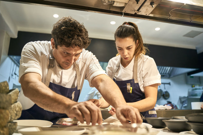 Ο Μauro Colagreco στο «Mirazur», το 3o Καλύτερο Εστιατόριο στον Κόσμο. - Χρυσοί Σκούφοι