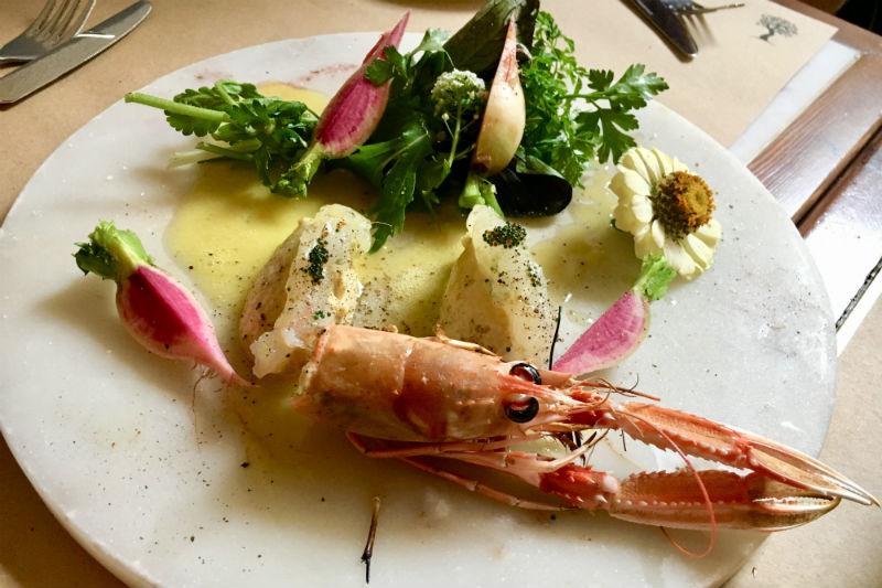 Η «Μούργα» δίνει μια γεύση από τη σύγχρονη θαλασσινή κουζίνα της Θεσσαλονίκης - Χρυσοί Σκούφοι