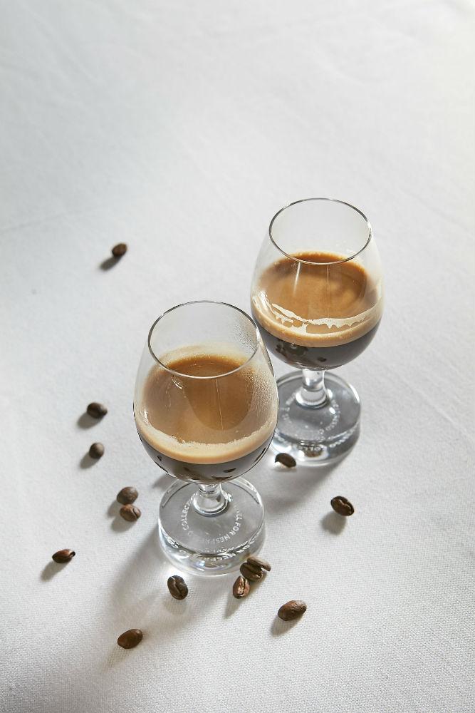 Φινάλε με τους εξαιρετικούς καφέδες της Nespresso Professional Nepal Lamjung και Kenya Milima.
