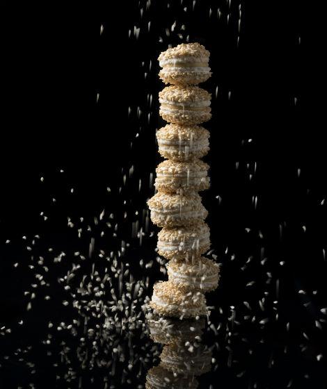 Costa Navarino Pasteli Macarons