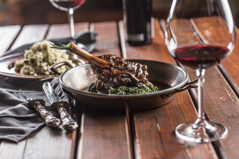 Δυο ελληνικά premium κρασιά για το Πασχαλινό τραπέζι - Χρυσοί Σκούφοι