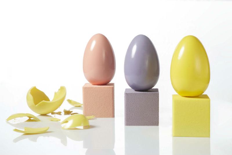 H high class εκδοχή των σοκολατένιων αβγών - Χρυσοί Σκούφοι