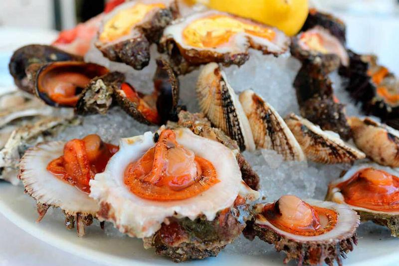 Στο αστεράτο «Bacco» απολαμβάνεις τη δημιουργική κουζίνα της Απουλίας - Χρυσοί Σκούφοι
