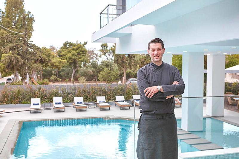 Μιλήσαμε με τον βραβευμένο σεφ Ολιβιέ Καμπανά στη νέα του γαστρονομική έδρα - Χρυσοί Σκούφοι