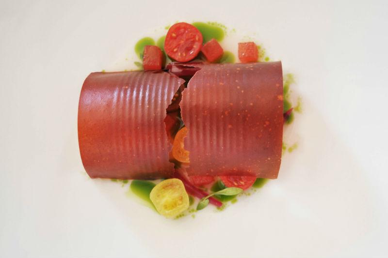 Σαντορινιά κονσέρβα ντομάτας στη «Σελήνη»