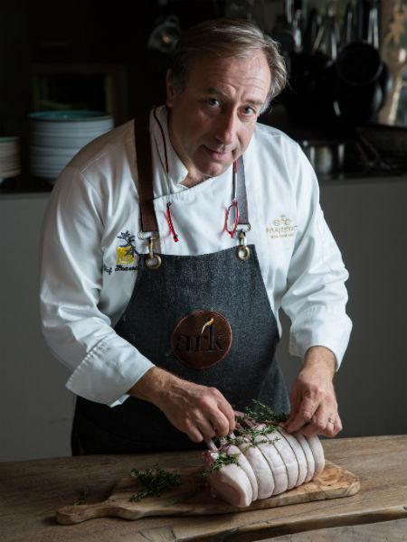 Γιάννης Μπαξεβάνης ίσον ελληνική κουζίνα.