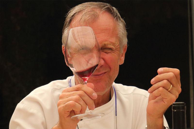 Maurilio Garola: Ο μισελενάτος chef που έχει γράψει ιστορία στην Alba - Χρυσοί Σκούφοι
