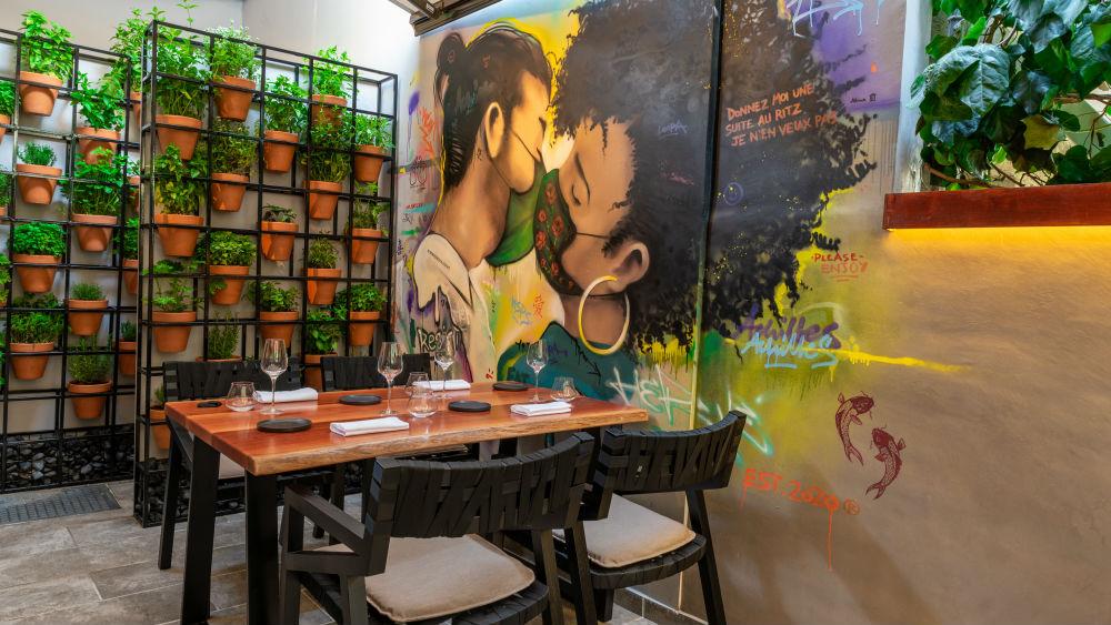 Το «Hervé» εισάγει cool fine dining ήθη στην Αθήνα - Χρυσοί Σκούφοι