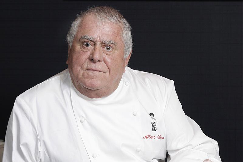 Albert Roux: Θυμόμαστε μια συνέντευξη επί προσωπικού με τον σεφ των 6 Michelin που έφυγε από τη ζωή - Χρυσοί Σκούφοι